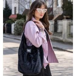 Elegantní kabelka MANA MANA Hobo Černá samet